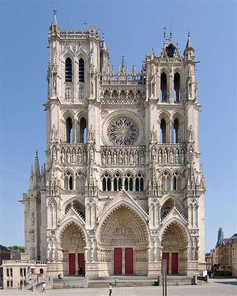 amiens cathedral western frontispiece