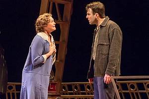 Broadway.com | Photo 4 of 11 | The Glass Menagerie: Show ...