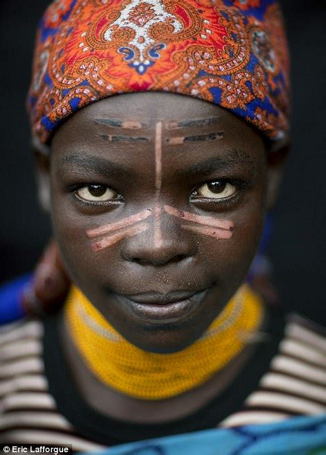ethiopian  sudanese tribes show   intricate