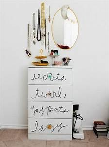 Presentoir Livre Ikea : 1001 id es pour fabriquer un porte bijoux soi m me ~ Teatrodelosmanantiales.com Idées de Décoration