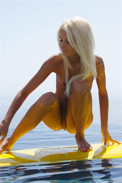 Francesca In Surf Naked Ii By X Art Photos Erotic Beauties