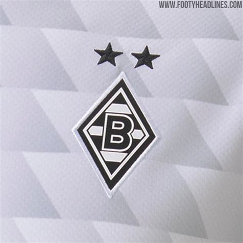 Adidas fc bayern münchen home shorts 20/21 herren fan hose rot fq2903. Borussia Mönchengladbach 20-21 Home Kit Released - Different Sponsor on Match Jerseys? - Footy ...