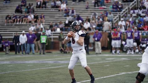 hodges named stats fcs national offensive player