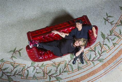 capitonner un canap capitonner un fauteuil maison design wiblia com