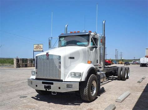 kenworth heavy 2016 kenworth t800 heavy duty cab chassis truck for sale