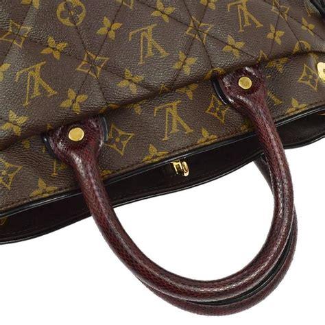 louis vuitton rare  edition monogram snake ostrich travel shoulder tote bag  stdibs