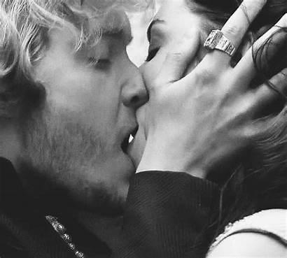 Kiss Lip Biting Mary Francis Gifs Reign