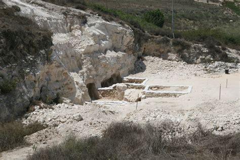 steinkrug fabrik entdeckt fund stuetzt details des jesus