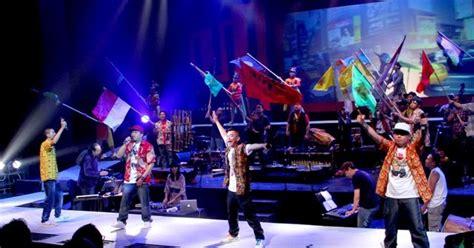 Istilah musik pop dan populer musik pop terus berkembang dalam hal definisi. Daftar 50 Lagu Hip Hop Indonesia Terbaik dan Terpopuler - MusikPopuler.com