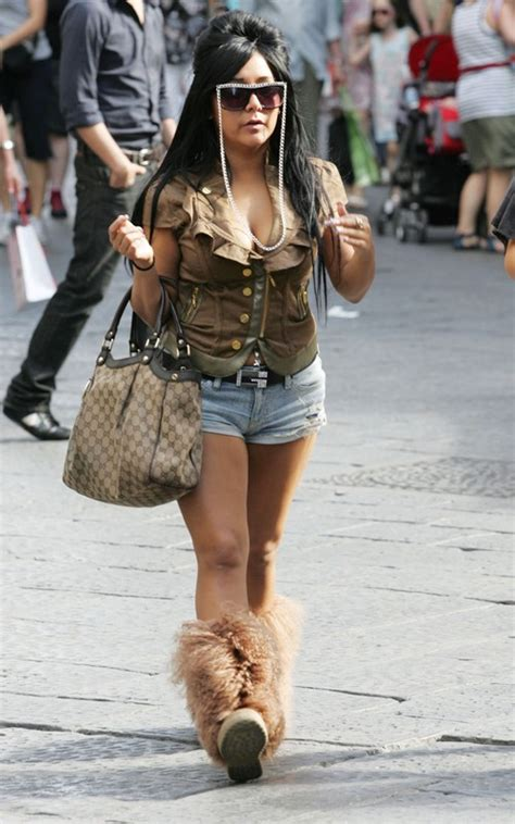 snooki carrying gucci sukey tote bag upscalehype