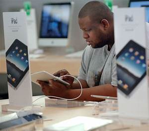 apple says first day sales of ipad topped 300000 With 3m new ipads sold over first weekend says apple
