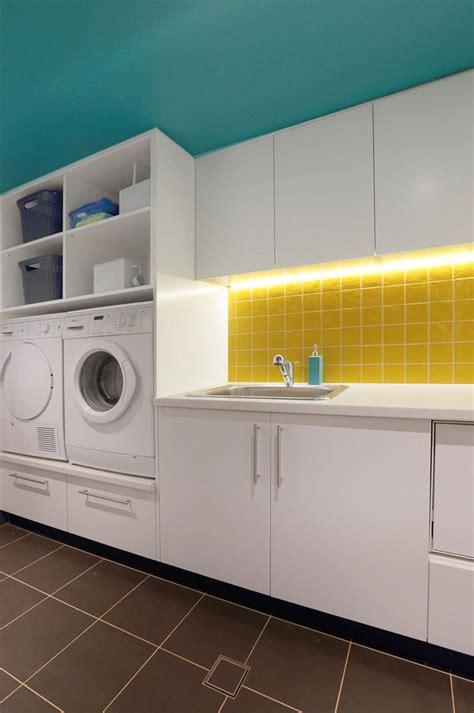 laundry room design idea raise  washer  dryer