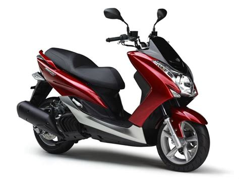 Nmax 2018 Vermelho Fosco by Yamaha India Imports Two 150cc Scooters For R D Purpose
