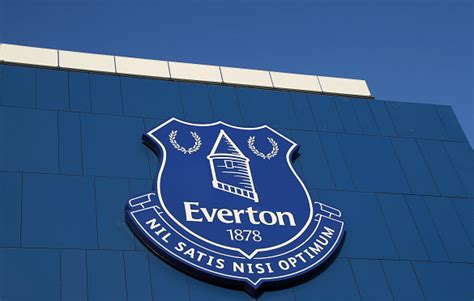 Everton man accepts reduced wages ahead of potential move ...