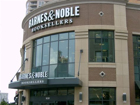 barnes and noble lake il barnes noble plans to 20 stores per year
