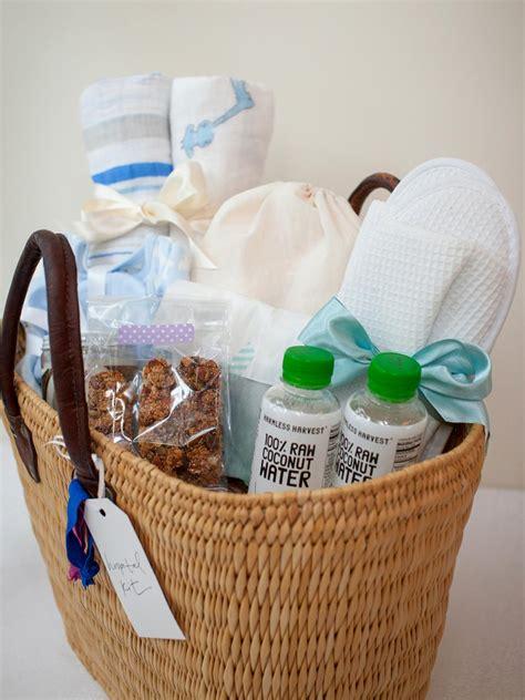 Baby Shower Gift Ideas - 6 diy baby shower gift kit ideas diy