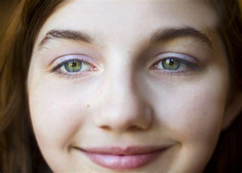 rarest eye color  humans owlcation