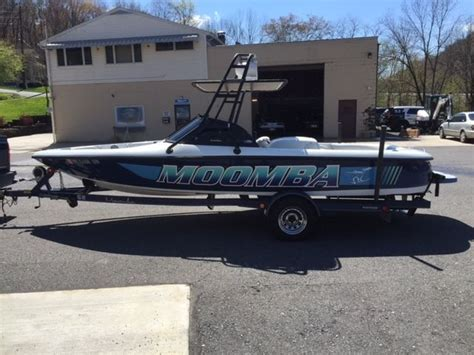 Moomba Boats Engine by Moomba In Board Ski Boat 1999 For Sale For 13 000 Boats