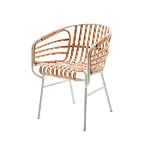 chaise blanc d ivoire chaise raphia casamania blanc ivoire cerise sur la deco