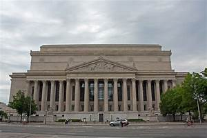 File:National Archives Building north side, Washington, D ...