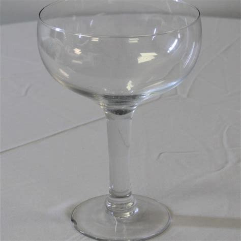 Large Wine Glass Shaped Vase 307 Events