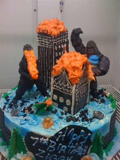 throw  king kong  godzilla cake awesome baking