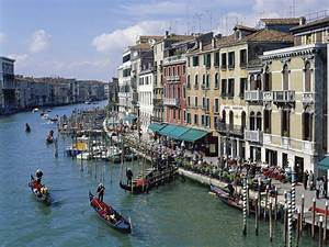 the grand canal of venice italy 4203691 1600x1200 all With grand canapé