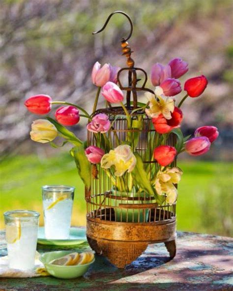 bright  easy spring flower arrangement ideas
