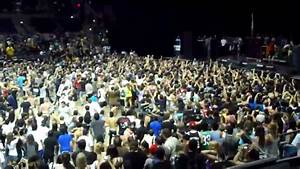 Bring Me The Horizon - Wall of Death (Vans Warped Tour ...