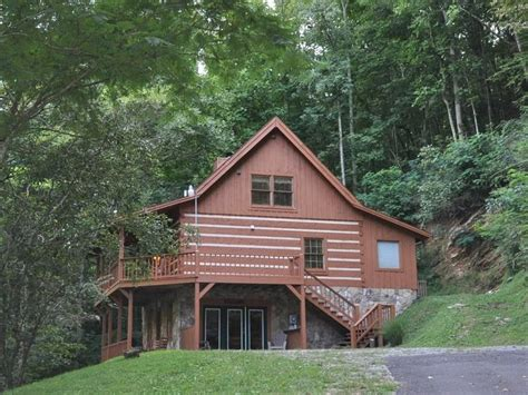 smoky mountain golden cabins smoky mountain secluded cabins gatlinburg wears valley