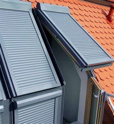 Rolladen Für Dachfenster Nachrüsten by Dachfenster Rollladen Rollladen Markisen Jalousien
