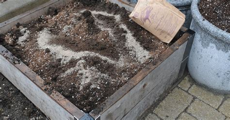 buy garden soil how to calculate soil volume in raised beds soil calculator