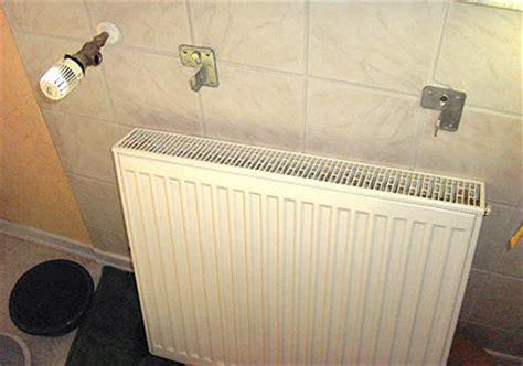 Was Kostet Heizkörper by Heizk 246 Rper Aufh 228 Ngungen Klimaanlage Und Heizung