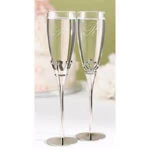 wedding toasting flutes personalized wedding toasting flutes king engraved chagne glasses