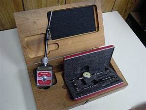Starrett Dial Indicator With Magnetic Base