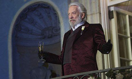 donald sutherland oil movie donald sutherland i want hunger games to stir up a