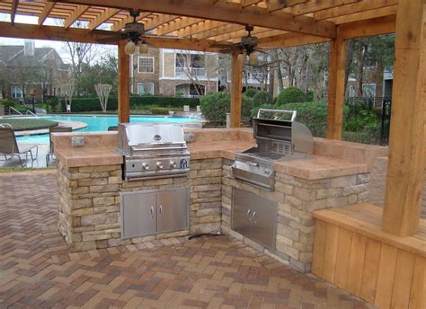 Beautiful Design Ideas Outdoor Kitchen On Deck For Hall