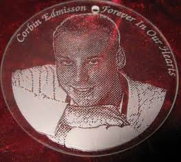 personalized engraved memorial ornaments