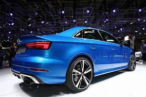 Audi Rs3 Sedan : audi 39 s new rs3 sedan could make sportback owners remorseful carscoops ~ Medecine-chirurgie-esthetiques.com Avis de Voitures