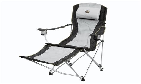 reclining folding chair with footrest easy c reclining chair with footrest