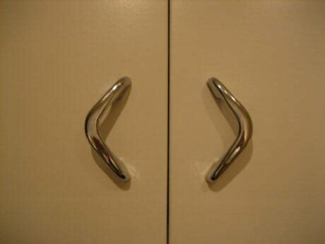 old fashioned kitchen cabinet hardware where to find vintage kitchen cabinet pulls from