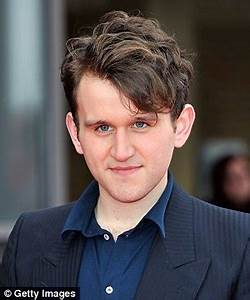Coussin Harry Potter : happy birthday to harry melling the leaky the leaky ~ Preciouscoupons.com Idées de Décoration