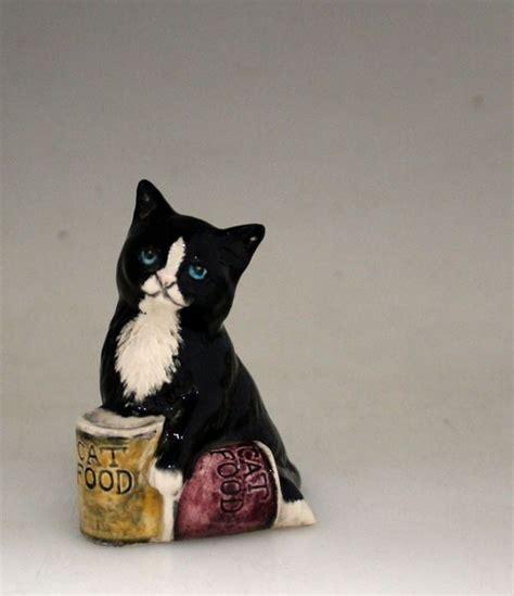 vintage royal doulton cat figurine dinnertime