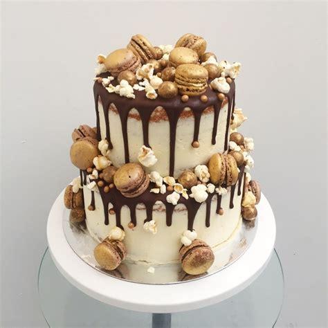 Macaron Vintage Rustic Pearls Wedding Cake Anges De