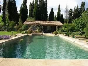 le mas du meindray les baux de provence With piscine provence polyester gemenos