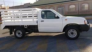 Grupo Miguelito Pone En Venta 7 Camionetas Nissan Estaquita Modelo 2014
