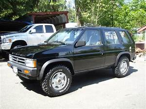 1992 Nissan Pathfinder Photos  Informations  Articles