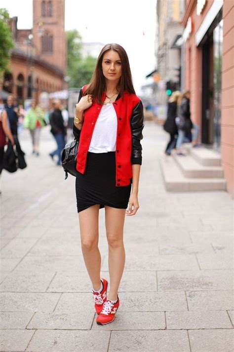20 Ways To Wear Black Mini Skirts 2018 | FashionTasty.com
