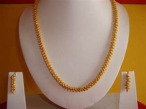 Gold plated South Indian style long Necklace with earring ...