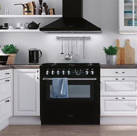 comment choisir cuisiniste comment choisir pianos de cuisson pour sa cuisine équipée